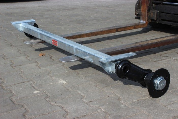 Geremde as KNOTT 1200 mm 1350 kg 5 x 112